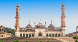 Destination Lucknow North India