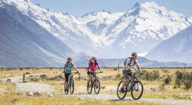 Example private tour: Road Trip: South to North Island
