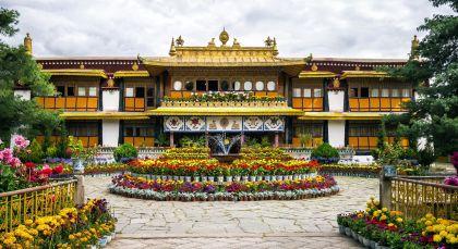 Destination Lhasa in Tibet