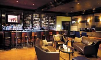 City Bar and lounge area