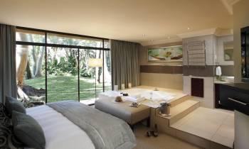 Garden (Presidential) Suite