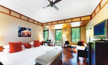 Deluxe Rainforest Room