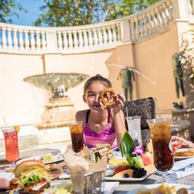 Villa Pool dining