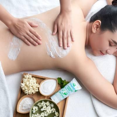 Amari Pattaya Breeze Spa Jasmine Mint Body Scrub