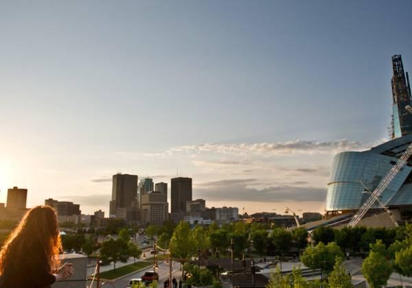 Winnipeg Skyline Cr Destination Canada