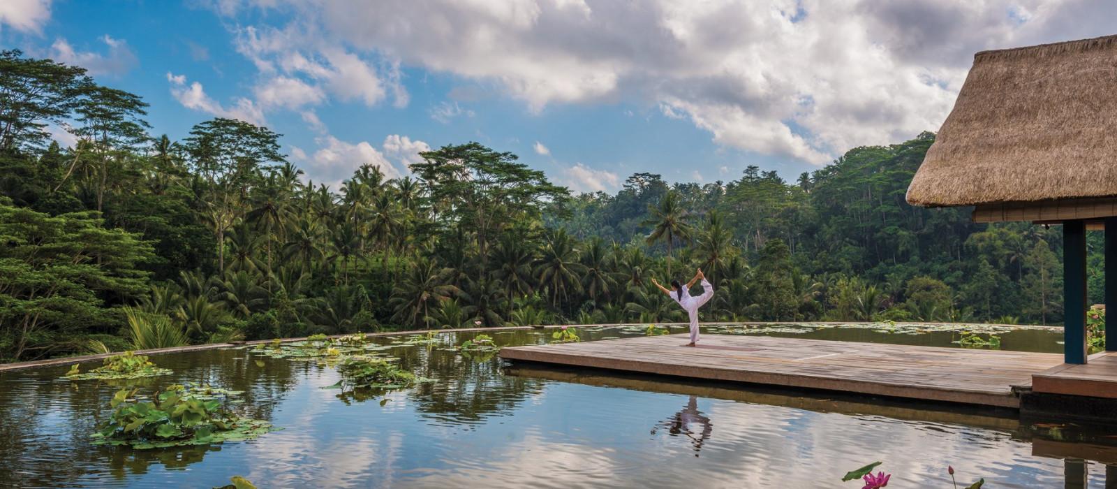 Außenanlage des Four Seasons Resort Bali at Sayan Hotels in Ubud, Indonesien