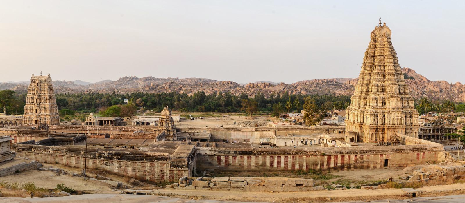 Virupaksha Tempel in  Vijayanagar, Hampi, Karnataka, Indien