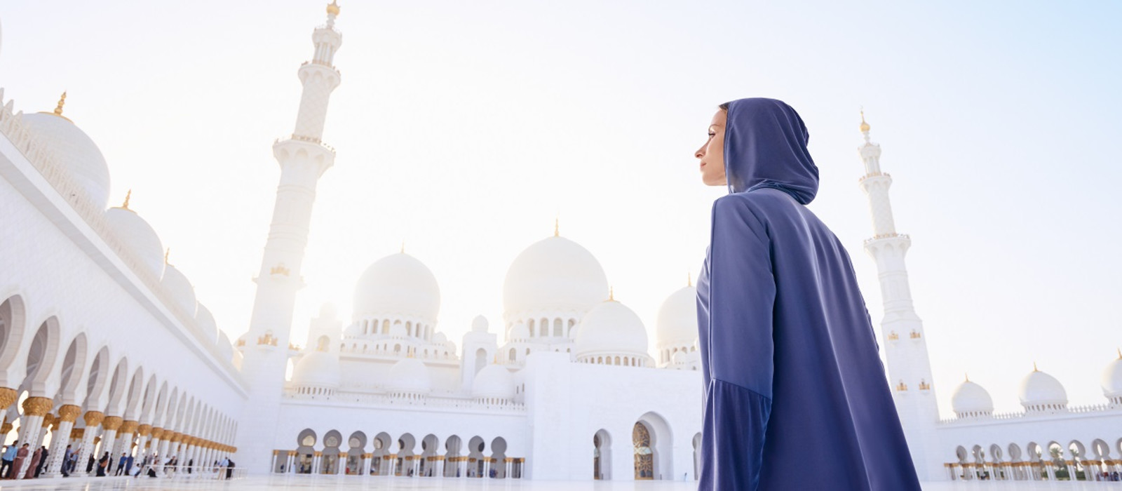 Things to do in Dubai and Abu Dhabi - Sheikh Zayed Grand mosque