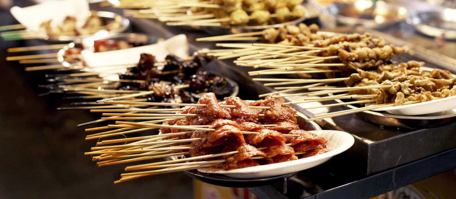 Street food in Kuala-Lumpur, Malaysia, Asia - cuisine in Malaysia