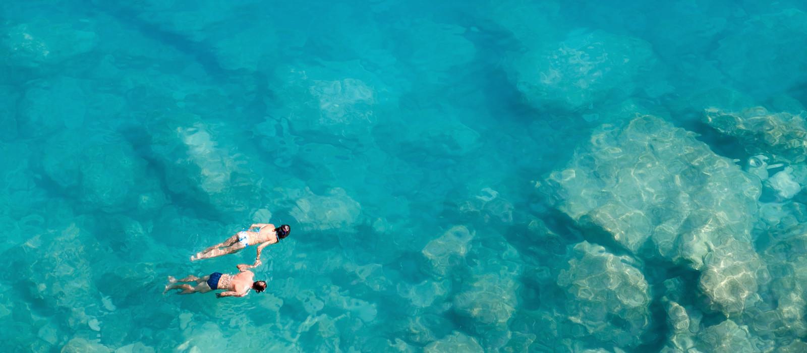 Paar beim Schnorcheln, Malediven, Asien - Geschichte der Malediven