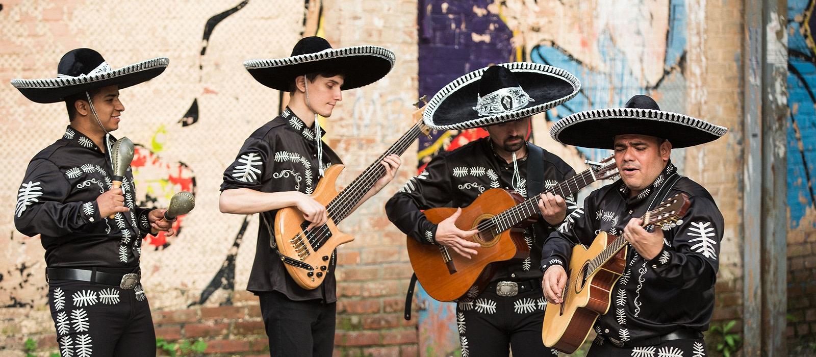 Mexican Culture - Mariachi band