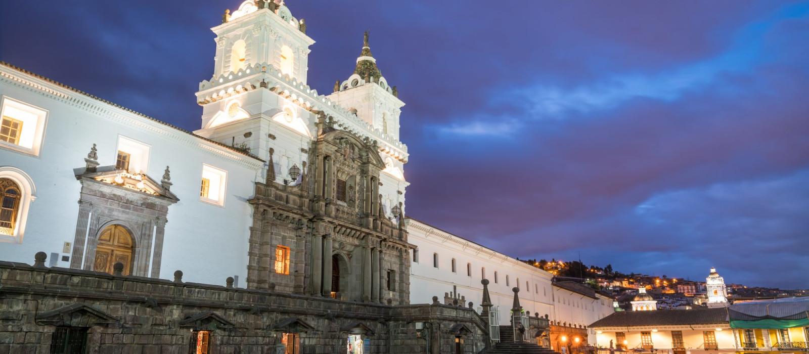 Plaza de San Francisco in old town Quito, Ecuador