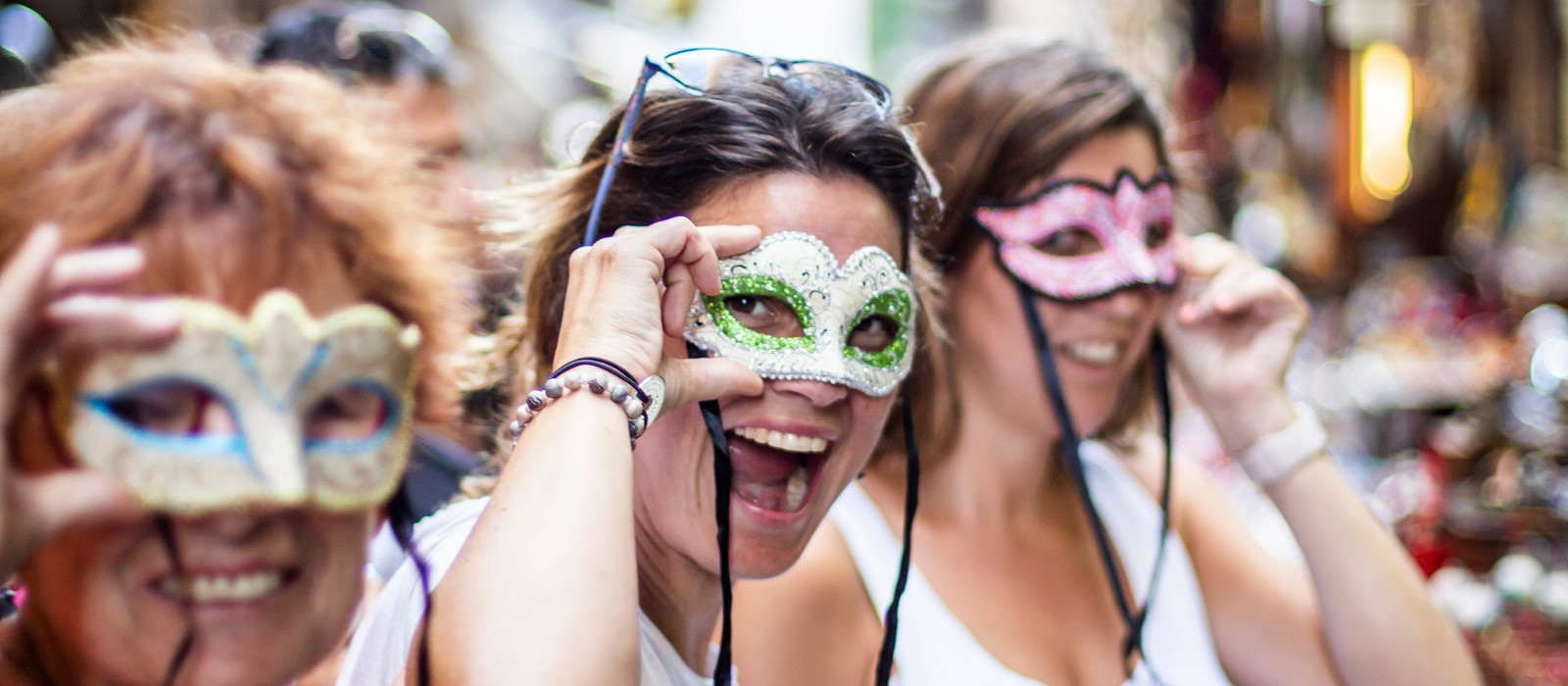 culture of Italy - masked revelry