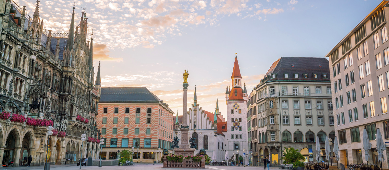 Old Town Hall at Marienplatz Square in Munich, Germany, Europe