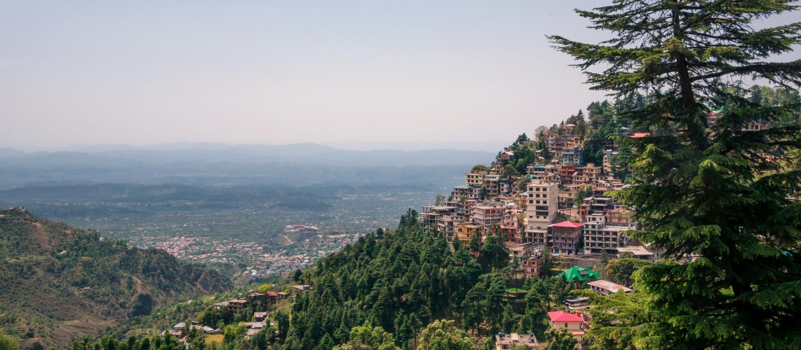Die Stadt McLeodGanj, Dharamsala in Indien