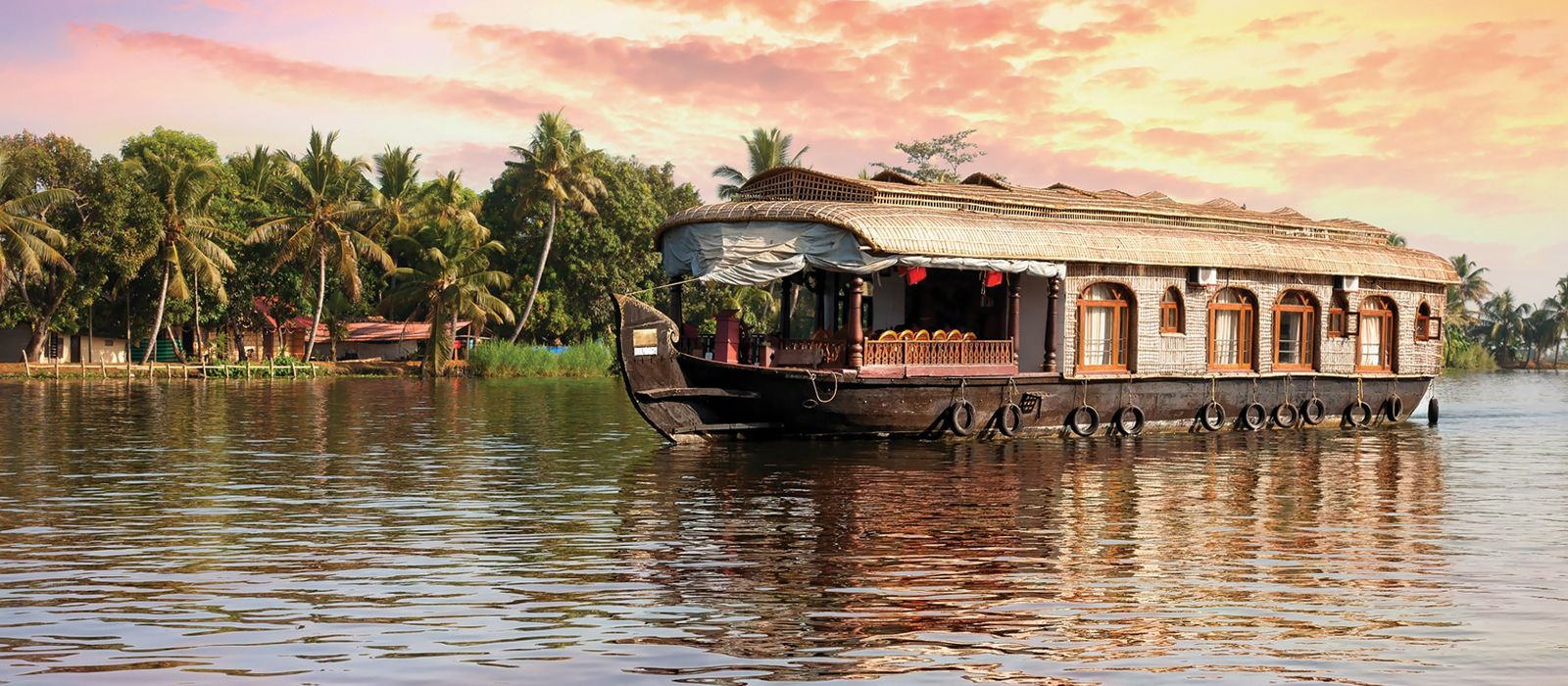 Houseboat in Alleppey Backwater - South India tour