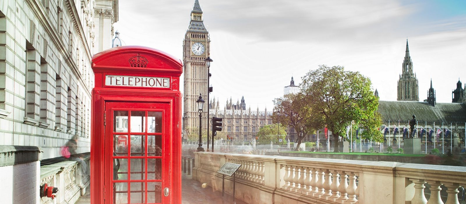 Enchanting Travels UK & Ireland Tours Big ben and red telephone box in London