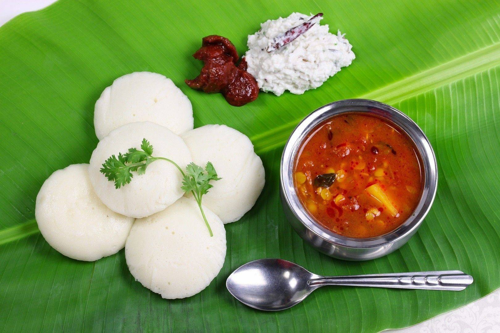 Try a typical South Indian breakfast when you travel to India