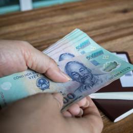 Vietnamese currency - Vietnam travel guide