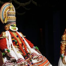 Enchanting Travels South India Tours Cochin Kerala Kochi, Kathakali performance