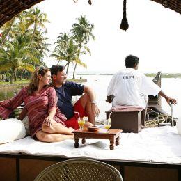 Enchanting Travels South India Vacation Backwaters in Kerala Tour (6)