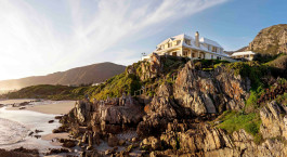 Exterior view of Birkenhead House in Overberg, South Africa
