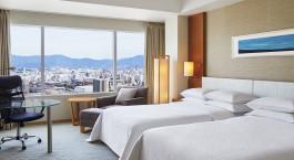 Deluxe Zweibettzimmer im Sheraton Hiroshima Hotel in Hiroshima, Japan