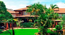 Enchanting Travels - Africa Tours -Nairobi - Fairview Hotel - Exterior