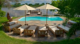 Pool im Kanyemba Island Bush Camp Hotel in Lower Zambezi, Sambia