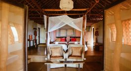 Twin bedroom at Nuarro Lodge Hotel in Memba Bay, Mozambique