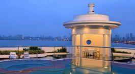 Enchanting Travels - Indien Reisen - Mumbai - Marine Plaza - Pool