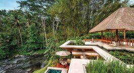 Poolanlage des Four Seasons Resort Bali at Sayan Hotels in Ubud, Indonesien