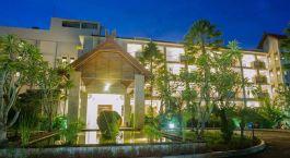Außenansicht des Bintang Flores Hotel in Labuan Bajo, Indonesien
