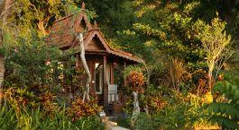 Außenansicht ds Plataran Komodo Resort and Spa Hotel in Labuan Bajo, Indonesien