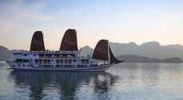 Außenansicht der Stella Cruise Halong Bay, Halong Bucht in Vietnam