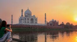 Women taking photo Taj Mahal Arga North India Tour