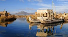 Floating Uros Islands Lake Titicaca Puno Peru Tour