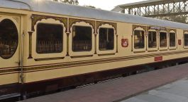 Enchanting Travels India Tours Trains Palace on Wheels
