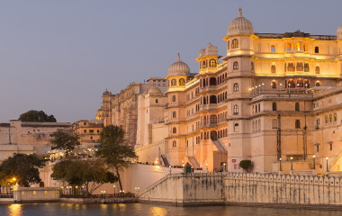 Enchanting Travels India Tours Udaipur Palace