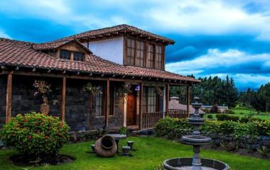 Exterior view of Hosteria La Andaluza Hotel in Riobamba, Ecuador