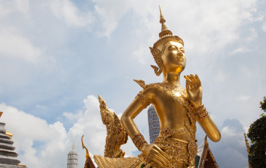 Enchanting Travels Thailand Tours Ki-nara at Grand Palace in Bangkok ,Thailand
