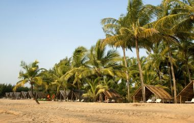 Enchanting Travels - Südindien Reisen -Nattika Beach Resort - Strand