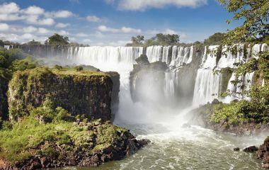 Naturwunder Iguazu Wasserfälle