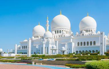 Enchanting Travels UAE Tour Abu Dhabi Sheik Zayed Mosque