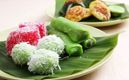 Enchanting Travels Asia Tours Cuisine in Malaysia Kuih pastry