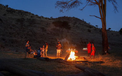 Enchanting-Travels-Kenya-Tours-Lewa-Wilderness-WalkingWild