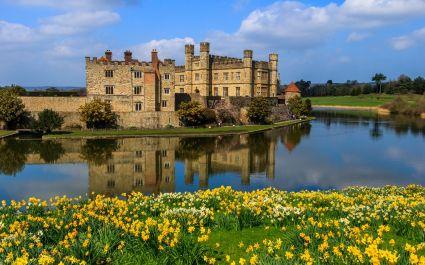 Enchanting Travels UK & Ireland Tours View of Leeds Castle
