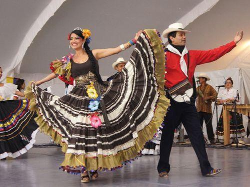 Enchanting Travele Colombia Tours colombian-couple dance
