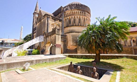 slave-market-memorial-stone-town-zanzibar