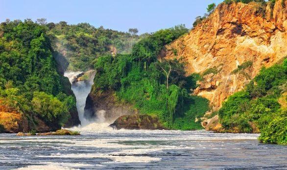 murchison-falls-uganda-586x392